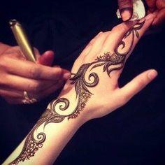Henna khaleeji