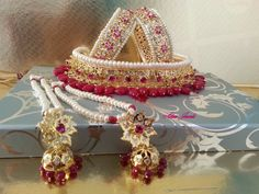Jadavi Lacha with karan phool. Matching Hyderabadi bangles
