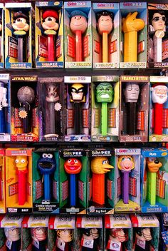 We found an amazing candy store in Brooklyn, NY. This guy had a collection of Giant Pez dispensers and Vintage Lunchboxes. Vintage Candy, Vintage Toys, Antique Toys, My Childhood Memories, Sweet Memories, Nostalgia, Cartoon Photo, Candy Dispenser, Oldies But Goodies