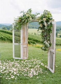 Elegant outdoor wedding decor ideas on a budget 10