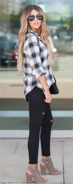 what to wear with a plaid shirt heels + bag + black rips