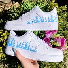 Any Color Butterfly Slip On Vans Cute Sneakers, Sneakers Mode, Sneakers Fashion, Jordan Shoes Girls, Girls Shoes, Nike Shoes Air Force, Neon Nike Shoes, Zapatillas Nike Air Force, Fashion Shoes