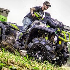 Who can still see green and ride in a t-shirt this time of year? 14 Inch Rims, Four Wheelers, Can Am, Atvs, Picture Show, Outlander, Offroad, Mud, Dream Cars