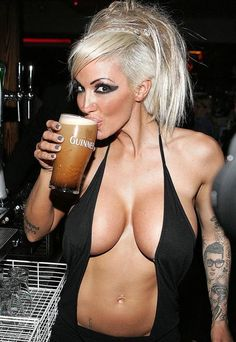 1000+ images about Chicks with Beer on Pinterest | Beer ...
