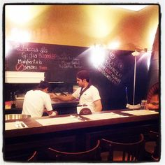 Dove a Beirut la #pizza è una garanzia di successo      #Margherita Beirut, #Gemmayzeh  Gouraud street, #Beirut, #Lebanon