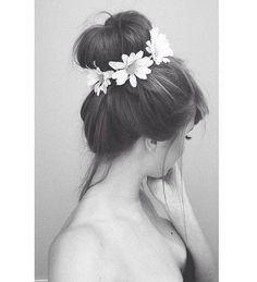 Beautiful Bun with pretty flowers