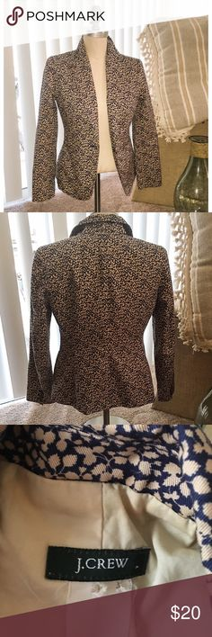 J.Crew Women's Printed Blazer Beautiful tan and navy leaf printed blazer from J.Crew prefect for fall! This is a lined blazer with button detailing and faux welt pockets. This jacket had a tailored silhouette with princess seams providing that flattering fitted look. The size is no longer on the tag, but i believe is around a size 2 or XS/S. This is dry clean only. The measurements are approximately: 18' chest, 15.5' waist, 23.5' length, 15' shoulder. J. Crew Jackets & Coats Blazers