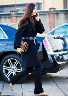Need a quick way to polish your outfit? Accessorize with a knotted belt!