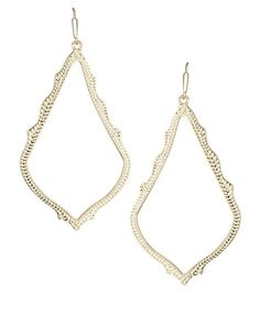 Sophee Drop Earrings in Gold - Kendra Scott Jewelry. I need these! Except it should be spelled Sophie.