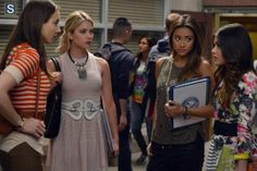 Pretty Little Liars   Season 5   Promotional Episode Photos   Episode 5.03 - Surfing the Aftershocks