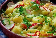 Ľahký šalát bez majonézy s vynikajúcou - sviežou zálievkou. Navyše, doplnený jarnými surovinami, ktoré šalátu dodajú nielen krásnu farbu ale aj vynikajúcu chuť. Appetizer Salads, Appetizers, Potato Salad, Potatoes, Ethnic Recipes, Pastries, Salads, Appetizer, Potato