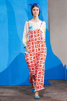 Daniela Gregis at Milan Fashion Week Spring 2015 - Runway Photos Japan Fashion, Fashion Show, Pretty Outfits, Cool Outfits, Dress Making Patterns, Milano Fashion Week, Classic Style Women, Spring Summer Fashion, Spring 2015