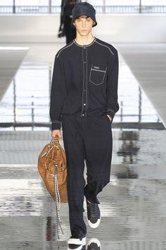 Boss Spring 2018 Menswear Collection Photos - Vogue