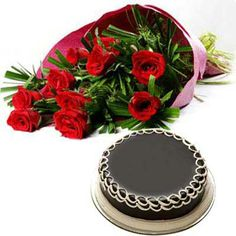 Elegant and fresh #flower bouquet gift hamper for Mother's day. Send right away to her