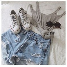 cute outfits with chuck taylors