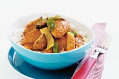 Thai Red Curry Chicken by Taste. Got a slow cooker? Then try this delicious chicken curry. If you don't have a slow cooker, never fear, just cook it for a long time over a gentle heat. Curry Recipes, Asian Recipes, Ethnic Recipes, Japanese Recipes, Slow Cooker Recipes, Cooking Recipes, Slow Cooking, Budget Recipes, Asian Cooking