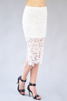 White lace skirt!? YES PLEASE! Love this WYLDR Deal Breaker Skirt! Now available on beauxx.com!