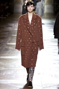 Dries Van Noten Fall 2013 Ready-to-Wear Fashion Show - Katlin Aas (IMG)