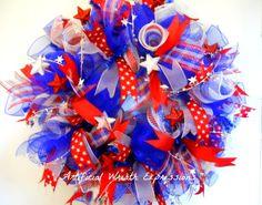 Beautiful #deco mesh Patriotic Wreath #4thofJuly