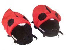 9dcba8f91b3e37 91 melhores imagens de Funny slippers em 2014   Pantufas, Sapatos e ...