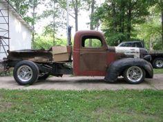 1941 Dodge Truck by Flipper_1938 http://www.truckbuilds.net/1941-dodge-truck-build-by-flipper-1938_1