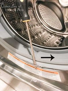 cleaning washing machine Why Your Washing Machine Smells! Why Your Washing Machine Smells!Why Your Washing Machine Smells!Back when the front load washers were just first coming out on the House Cleaning Checklist, Household Cleaning Tips, Deep Cleaning Tips, Cleaning Recipes, Natural Cleaning Products, Cleaning Solutions, Cleaning Hacks, Washing Machine Smell, Clean Your Washing Machine
