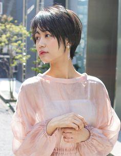 大人かわいい小顔ショート(SH−35)   ヘアカタログ・髪型・ヘアスタイル AFLOAT(アフロート)表参道・銀座・名古屋の美容室・美容院