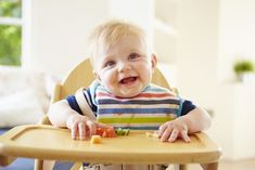 Most people nowadays have heard of baby-led weaning. it's that thing where you let your six-month-old loose with spaghetti and meatballs, there's a huge 9 Month Old Baby, Six Month, Weaning Foods, Baby Feeding Schedule, Introducing Solids, Baby Finger Foods, Attachment Parenting, Baby Led Weaning, Baby Puree