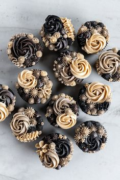 Dark Chocolate Cookies, Chocolate Espresso, Chocolate Flavors, Chocolate Ganache Cupcakes, Chocolate Buttercream, Buttercream Cupcakes, Baking Cupcakes, Cupcake Recipes, Mini Cupcakes