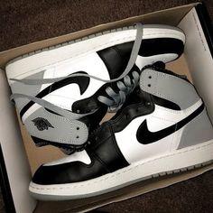 Zapatos Nike Cortez, Zapatillas Nike Cortez, Jordan Shoes Girls, Air Jordan Shoes, Girls Shoes, Nike Sportswear, Nike Shoes Air Force, All Nike Shoes, Kd Shoes