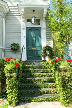 Aiken House & Gardens: Our Visit to Beaufort South Carolina Green Door