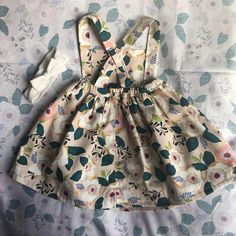 Infant/Toddler handmade to order, pinafore dress. Perfect for any occasion. Goes great worn over something, as well as alone! Soft 100% cotton with elastic wasteband, and buttons to keep straps in place. Can make sizes 0-2t. If you would like a bigger size, convo me and it can