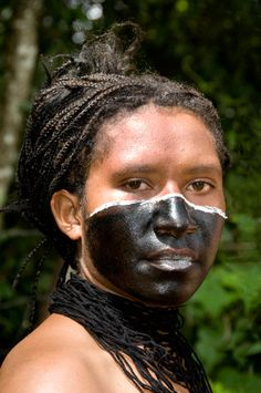 Woman from Angun Valley, Enga Province, Papua New Guinea