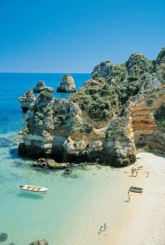 Portugal - Lagos, Praia do Camilo...I have been here and it is so beautiful! The water is so clear and blue, the sand super white and the locals friendly :) Great, cheap food too! #Portugal #portugalfood