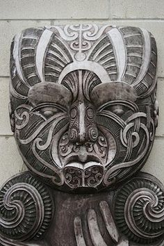 Beautiful Maori carving