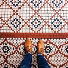 circles & squares make unique floors
