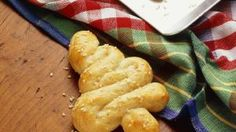 Tree-Shaped Breadsticks | Holiday Cottage