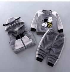Baby Girl Bees Clothing Set [3M-4T] 59.99 CAD Maternity Swimsuit, Maternity Tops, Baby Information, Chubby Babies, Cute Bee, Shirt Bag, Baby Warmer, Warm Outfits, Baby Online