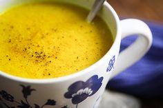 Vegane Goldene Milch für eine bessere Gesundheit und Wohlgefühl