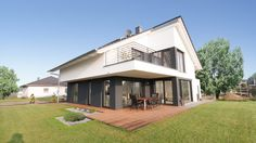 Bauhaus mit Satteldach in Löderburg - Architekten + Ingenieure Magdeburg - Architekturbüro | AI.STUDIO