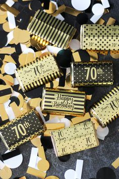 Get your birthday party mini candy bar wrappers to make easy black and gold foil birthday favors to display on your candy buffet table or hand out in favor bags. 70th Birthday Ideas For Mom, 70th Birthday Parties, Diy Birthday, Birthday Party Favors, Surprise Birthday, Birthday Stuff, Birthday Table Decorations, Diy Party Decorations, Birthday Centerpieces