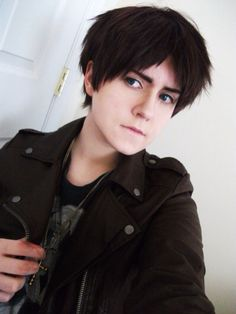 Eren Yeager - Best hair with this cosplay!