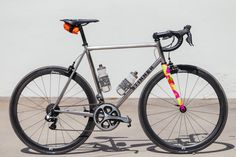 It has been scientifically proven that if you add a Death Spray Custom fork to any bike, it's destined to get even more attention, even when it comes to a slick bike like this. Morgan's Stinner Framew...