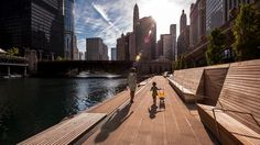 Chicago, USA. The Lakefront Trail is arguably one of its finest civic asset, a cherished 18.5-mile linear park that showcases the beauty of Lake Michigan. Grant Park, which sits adjacent to the Lake at the center of the trail network, is often called Chicago's front yard!