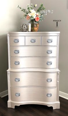Wow check out this interesting diy furniture makeover - what an artistic conception Metallic Painted Furniture, Painted Bedroom Furniture, Chalk Paint Furniture, Refurbished Furniture, Repurposed Furniture, Furniture Projects, Rustic Furniture, Diy Furniture, Furniture Outlet