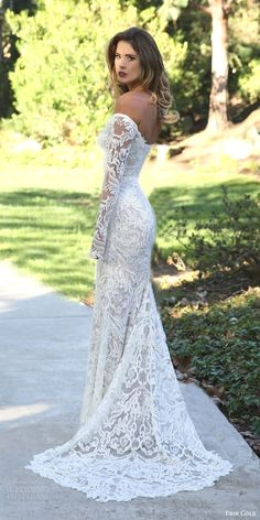 White bride dresses. Brides think of finding the perfect wedding, however for this they need the most perfect wedding dress, with the bridesmaid's outfits complimenting the brides-to-be dress. These are a number of tips on wedding dresses.