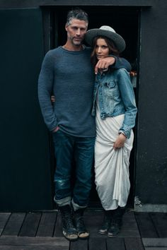 The perfect denim couple. boho chic, Bryan Randall and Jana S. photographed by Anais Dax for Kinfolk Magazine. Fashion Couple, Look Fashion, Mens Fashion, Magazine Kinfolk, A Well Traveled Woman, Couple Style, Hippie Look, Stylish Couple, Man Style