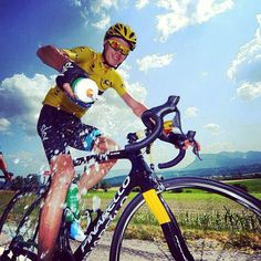 @chrisfroome Get out there & do what makes you happy! #InternationalDayOfHappiness