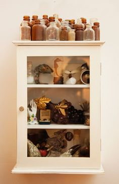 Cabinet of Pamela Love Collections Of Objects, Displaying Collections, Old Bottles, Apothecary Bottles, Glass Bottles, Brown Bottles, Cabinet Of Curiosities, Bottle Display, Deco Originale