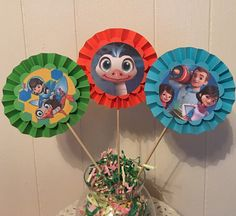 This is listing for 3 Miles from Tomorrowland Party Centerpieces (1 set). You can CHOOSE ANY COLOR AND CHARACTER you want.These centerpieces hold